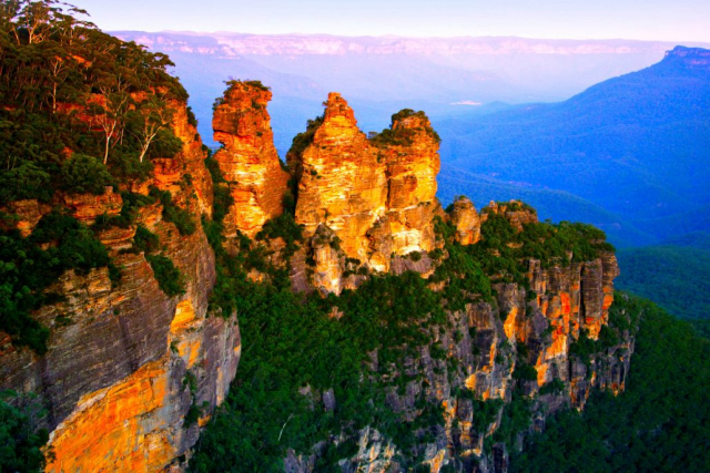 Blue Mountains Sydney private flight tourism package