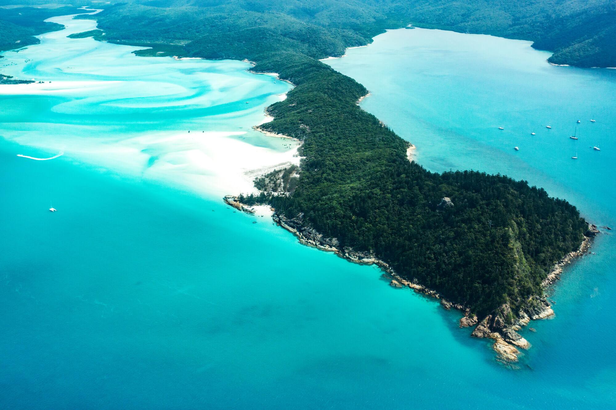 Australia tourist & scenic charter flights